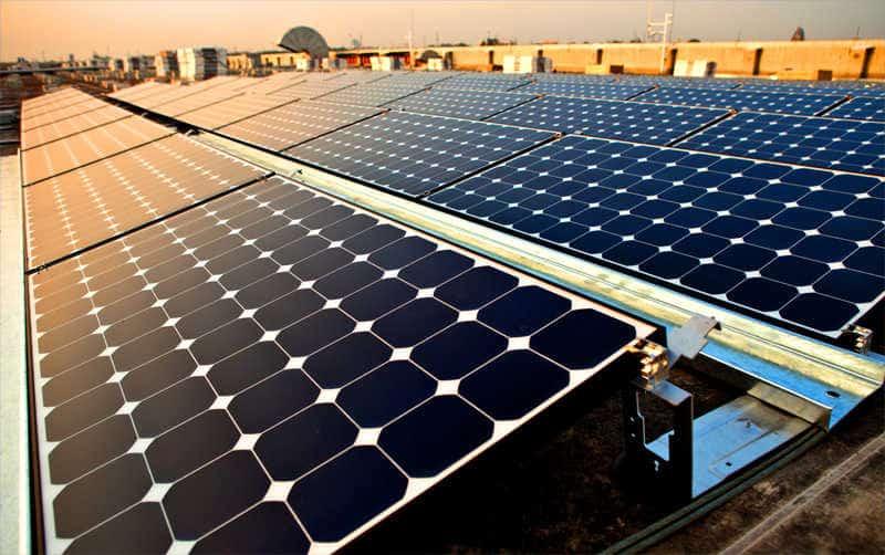 monokristalyos-napelem-panelek