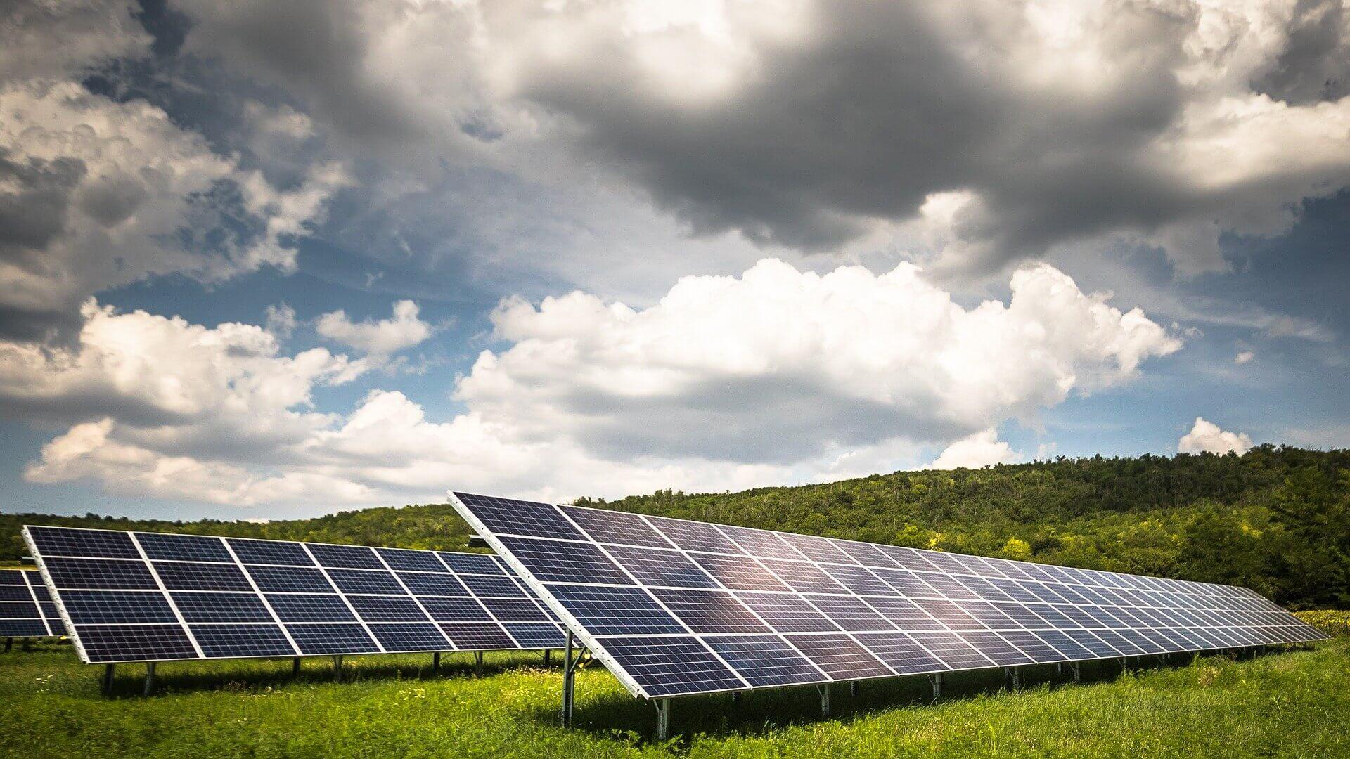 Sosem látott rekordokat dönt az európai napenergia